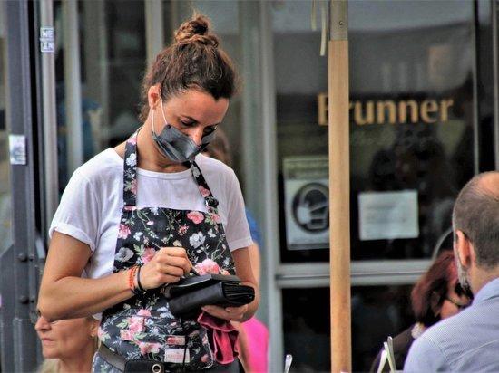 Москвичка рассказала о своем первом походе в «бесковидный» ресторан