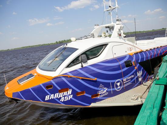 «Валдаи» в Нижегородской области за первый месяц навигации перевезли 4,5 тыс. человек