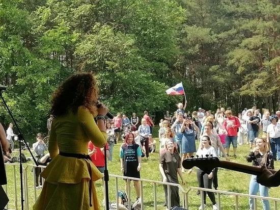 Участники рок-марафона SoRoMa Fest 2021 провели субботник в Сормовском парке