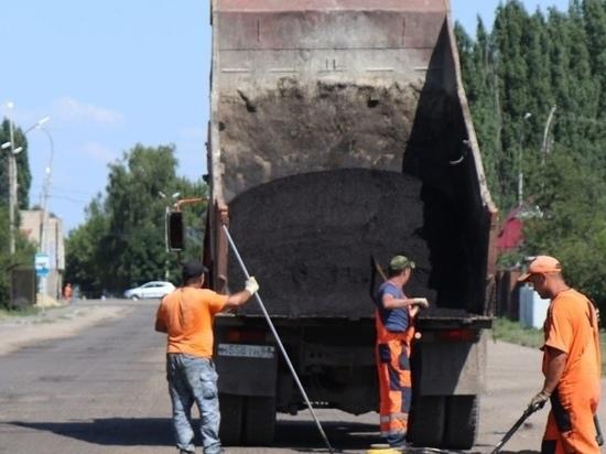 В Уварове начали ремонтировать одну из центральных улиц