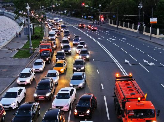 ГИБДД не поддержала предложение устанавливать знак «Шипы» на автомобили