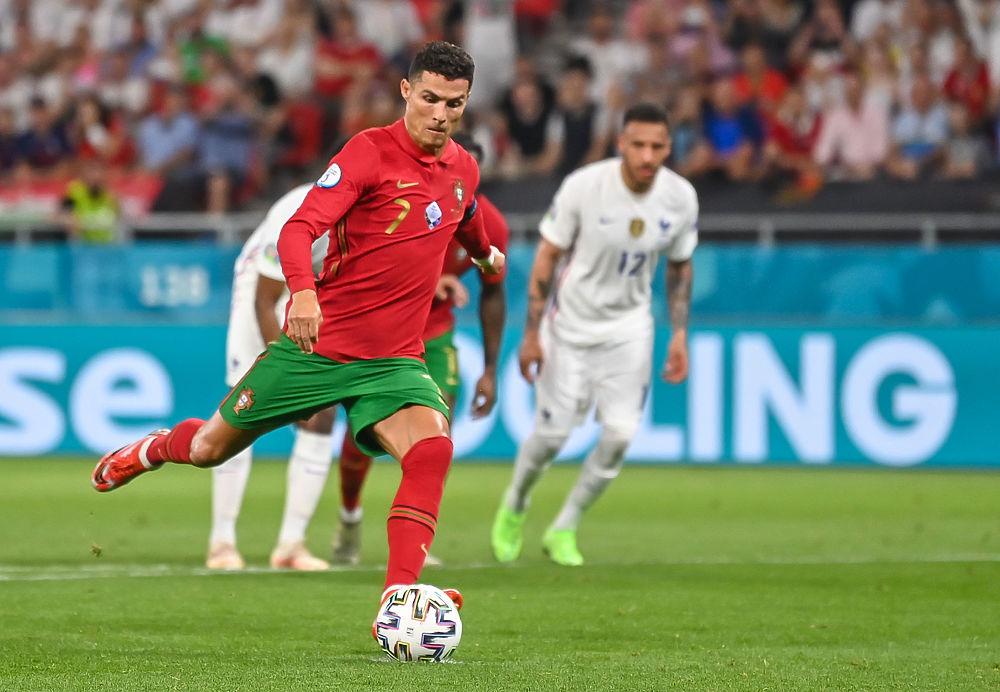 Роналду снова поставил рекорд: Криштиану не остановить на этом Евро