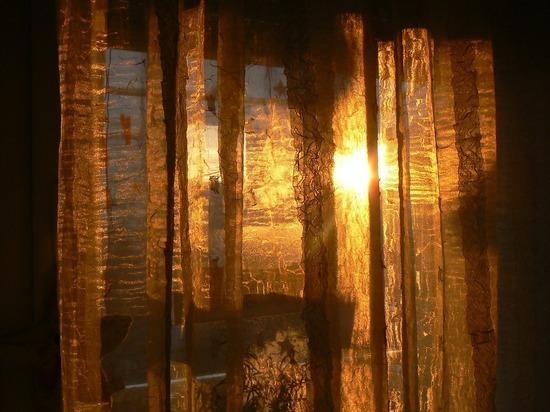 Дизайнер интерьеров рассказала, как охладить квартиру в жару