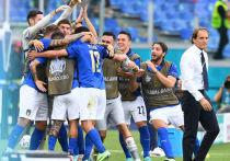 Чемпионат Европы по футболу 2020 года прошел половину своего пути. Позади матчи группового этапа, многие из которых стали ярким событием этого турнира. Впереди игры плей-офф, а пока на Евро-2020 перерыв, мировые СМИ подводят итоги.