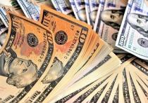 Доверие россиян к сохранению своих валютных накоплений в отечественных банках тает буквально на глазах: население продолжает перекладывать последние долларовые сбережения с депозитных счетов в иные доходные инструменты, в частности, в облигации, ипотеку и наличные