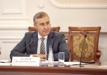 24 июня глава Минобрнауки Валерий Фальков высказался по поводу нового подхода к форме обучения студентов — очной для привитых и дистанционной для всех прочих