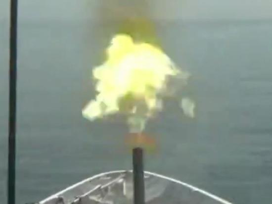 Появилось видео стрельбы пограничников в сторону британского эсминца