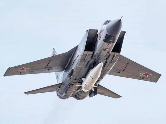 В маневрах участвует носители «Кинжалов» и  стратегическая авиация