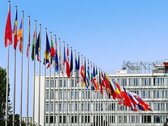 Канцлер Германии Ангела Меркель рассказала, что соглашение по организации саммита Евросоюз - Россия не было достигнуто