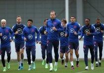 На чемпионате Европы-2020 по футболу небольшой перерыв перед матчами 1/8 финала. Искусственный интеллект дал свои прогнозы на победителя турнира, в то время как эксперты и футболисты думают по-другому. «МК-Спорт» собрал мнения перед матчами на вылет на Евро-2020.