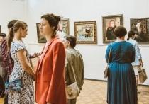 В Кирове выставили более ста живописных работ Аркадия Пластова