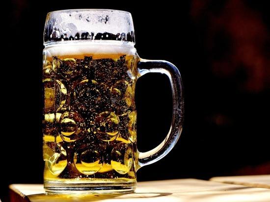 Врач предупредила об опасности холодного пива в жару