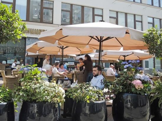 В Москве продлен запрет на работу ресторанов в ночное время