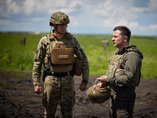 Президент Украины Владимир Зеленский озвучил «план Б» в отношении Донбасса, о котором давно говорилось, но без конкретики