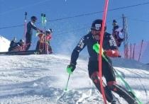 Профессиональные горнолыжники закрывают сезон на Эльбрусе