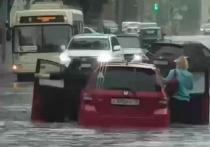 Томские коммунальщики борются с последствиями стихии