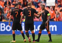 """""""МК-Спорт"""" продолжает анонсировать каждый игровой день чемпионата Европы по футболу, рассказывая о соперниках, которым предстоит выйти на поле, и интригах этих встреч. Сегодня состоится один из самых крутых матчей 1/8 финала — занимающие первую строчку в рейтинге ФИФА бельгийцы встретятся с действующими чемпионами Европы."""