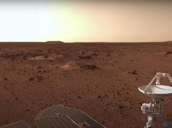 Космическое управление Китая выложило видео с Марса