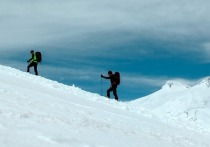 Туристов предупреждают о высоком уровне УФ излучения на Эльбрусе