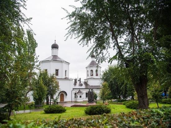 У православных 28 июня начался Петров пост: что можно есть