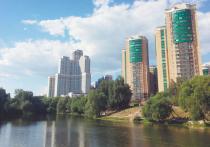 Накрывшая Москву тридцатиградусная жара и аномальная духота заставили потенциальных покупателей жилья вспомнить о «зеленом» факторе