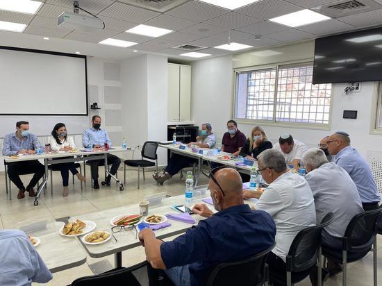 Министр внутренних дел встретилась с представителями Совета поселений