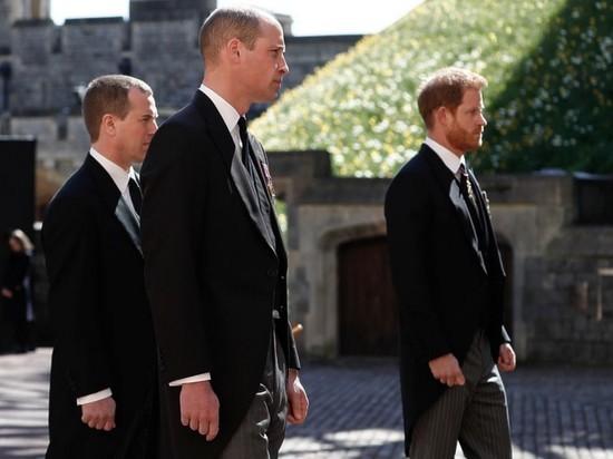 Инсайдер рассказал о ссоре принцев Гарри и Уильяма на похоронах принца Филиппа