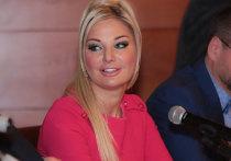 Максакова призвала экс-избранника остановить конфликт: «Пощади психику детей!»