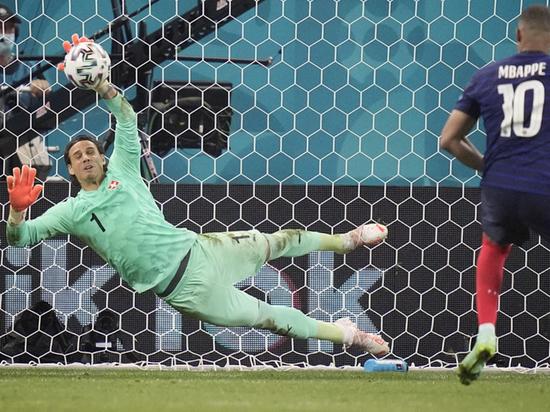 В понедельник, 28 июня, на Евро-2020 состоялись два сумасшедших матча