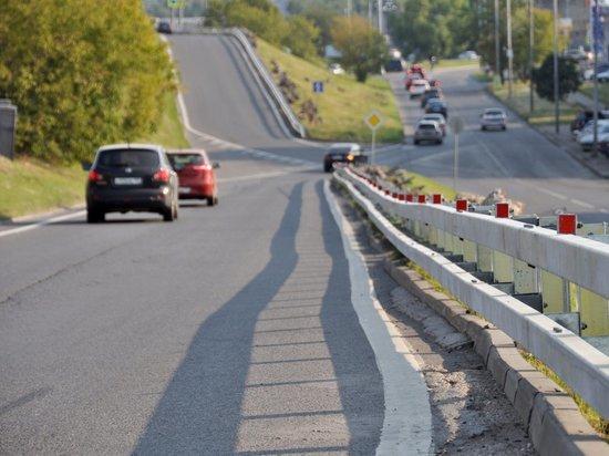 В России предложили снижать аварийность на дорогах с помощью клумб