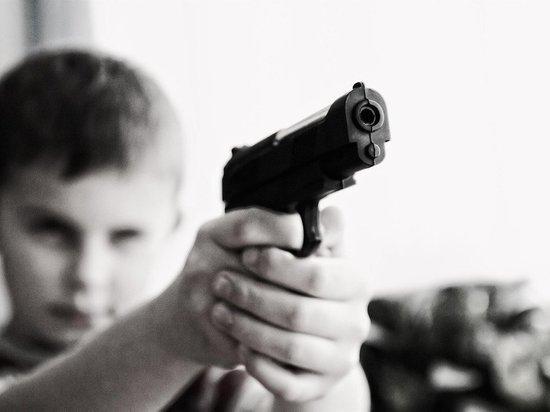 В Барнауле девятилетний ребенок в шутку прострелил глаз брату