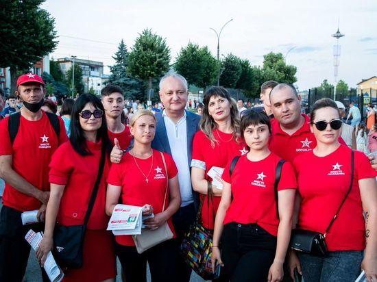 Лидеры активности: ПДС -30%, Блок коммунистов и социалистов – 29%