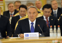 Назарбаев рассказал Путину о спасении от коронавируса российскими врачами