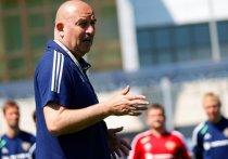 В Москве состоялось заседание технического комитета РФС, на котором отчитывался главный тренер сборной России по футболу Станислав Черчесов.