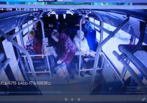 Очевидцев падения пожилой женщины в автобусе разыскивают в Серпухове