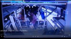 Пожилая женщина упала в автобусе в Серпухове
