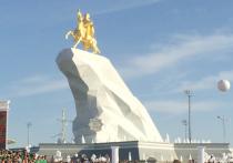 Сравнение Туркмении с Северной Кореей уже, наверное, набило оскомину