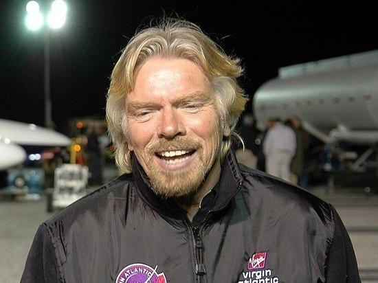 Миллиардеры устроили космическую гонку: Брэнсон опережает Безоса