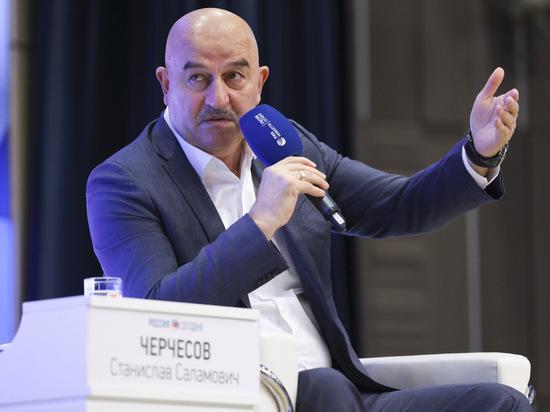 Главный тренер сборной России дал огненное интервью журналистам, которое транслировал федеральный канал