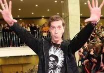 """Фронтмен """"Ногу свело!"""" Макс Покровский сообщил новые данные о ситуации в Санкт-Петербурге, где из-за нарушения антиковидных мер 1 июля был отменен концерт группы 2-го числа"""