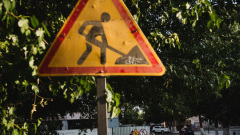 В Астрахани в августе должны открыть две полосы на Милицейском мосту