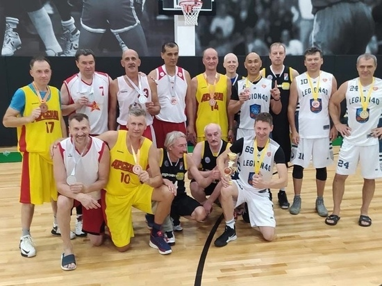 Калужские ветераны баскетбола стали лучшими в ЦФО