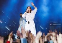 Голландская компания Minikim Holland B.V. подала в суд на российскую певицу и экс-солистку группы SEREBRO.