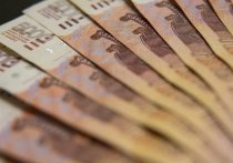 В Адыгее полицейского обвиняют в получении взятки в размере более полумиллиона рублей
