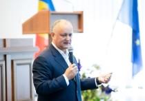 Игорь Додон: Мы настаиваем на повышении зарплат медработникам