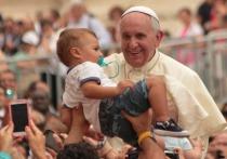 В Ватикане рассказали о состоянии Папы Римского после операции