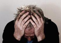 Головная боль стала основным симптомом при заражении новыми штаммами коронавируса