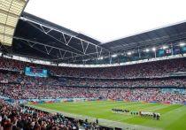 Четверо полуфиналистов Евро-2020 воспользовались ключевым преимуществом домашней арены. Датчане, испанцы, итальянцы и англичане сыграли на групповом этапе дома и меньше всех путешествовали на этом Евро. «МК-Спорт» расскажет, как это могло сказаться на их игре.
