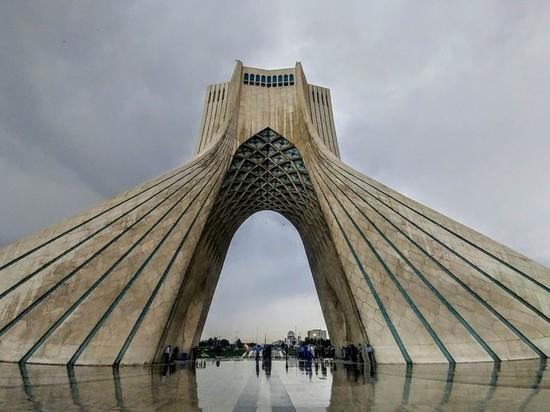 В Иране остановились часы, отсчитывающие время до уничтожения Израиля