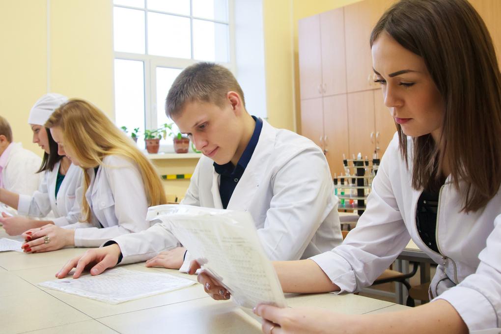 В костромских ВУЗах будут больше готовить врачей и учителей